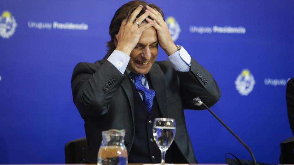 Lacalle show: Gobernar Uruguay en clave de marketing - Insurgencia Magisterial